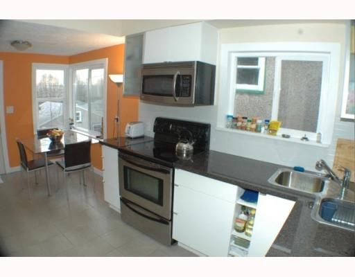 Photo 7: 2742 E 8TH Avenue in Vancouver: Renfrew VE House for sale (Vancouver East)  : MLS® # V751861