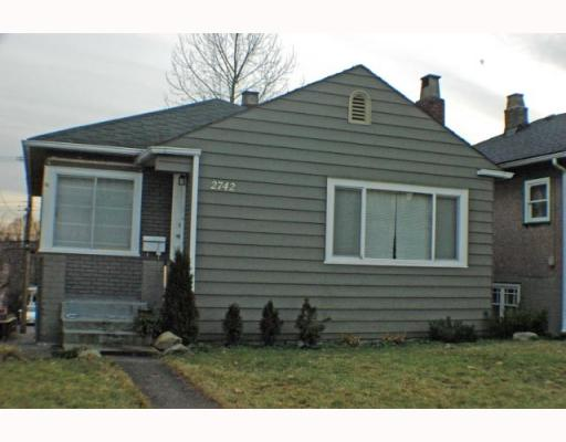 Main Photo: 2742 E 8TH Avenue in Vancouver: Renfrew VE House for sale (Vancouver East)  : MLS(r) # V751861