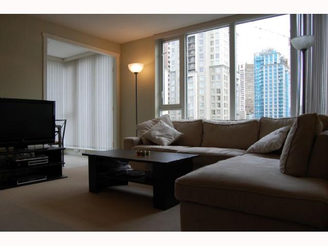 "Photo 6: 1702 1010 RICHARDS Street in Vancouver: Downtown VW Condo for sale in ""GALLERY"" (Vancouver West)  : MLS® # V815363"