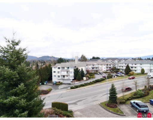 "Photo 10: 440 33173 OLD YALE Road in Abbotsford: Central Abbotsford Condo for sale in ""SOMMERSET RIDGE"" : MLS(r) # F2906212"