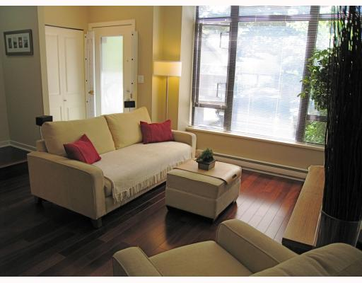 "Photo 2: 519 DRAKE Street in Vancouver: Downtown VW Townhouse for sale in ""OSCAR"" (Vancouver West)  : MLS(r) # V774966"