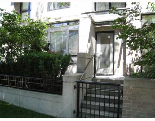 "Photo 10: 519 DRAKE Street in Vancouver: Downtown VW Townhouse for sale in ""OSCAR"" (Vancouver West)  : MLS(r) # V774966"