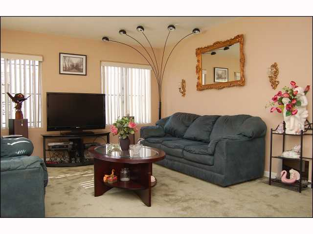 Photo 2: CITY HEIGHTS House for sale : 2 bedrooms : 4618 Polk in San Diego