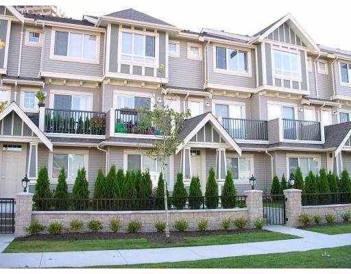 "Main Photo: 21 4288 SARDIS ST in Burnaby: Central Park BS Townhouse for sale in ""ORCHARD LANE"" (Burnaby South)  : MLS(r) # V565844"