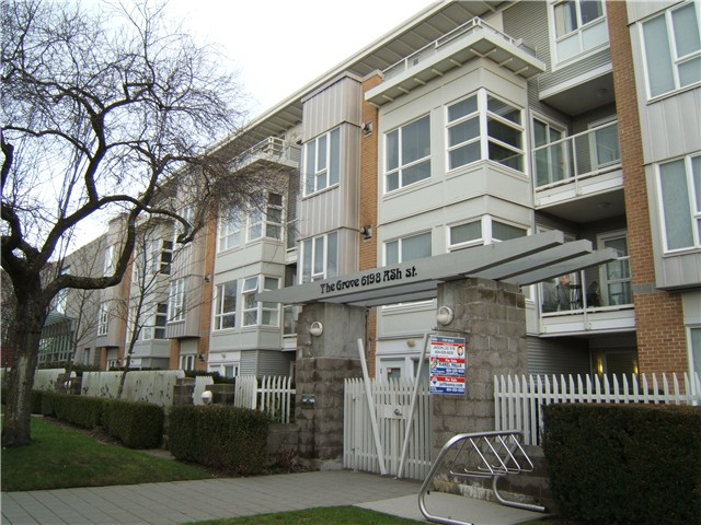 "Main Photo: 110 6198 ASH Street in Vancouver: Oakridge VW Condo for sale in ""THE GROVE"" (Vancouver West)  : MLS® # V864641"
