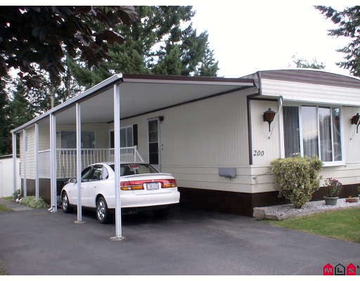 "Main Photo: 200 3665 244TH Street in Langley: Otter District Manufactured Home for sale in ""Langley Grove Estates"" : MLS®# F2826839"