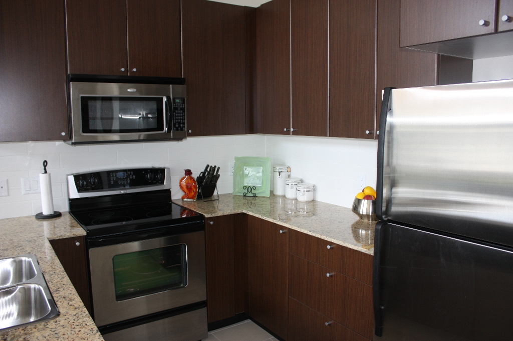 "Photo 4: 414 2477 KELLY Avenue in Port Coquitlam: Central Pt Coquitlam Condo for sale in ""SOUTH VERDE"" : MLS(r) # V831963"