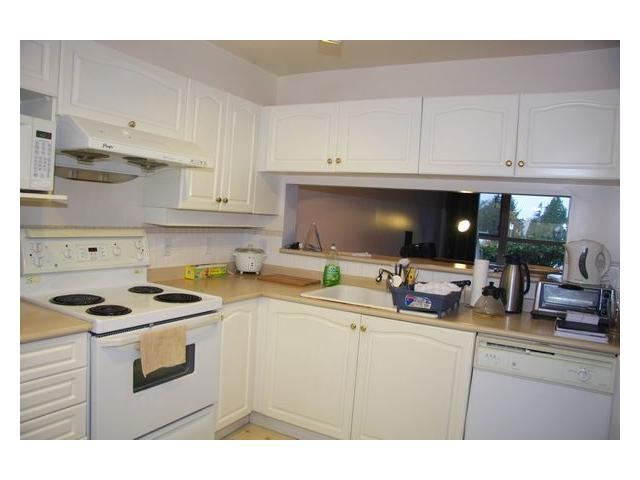 "Photo 5: 107 7326 ANTRIM Avenue in Burnaby: Metrotown Condo for sale in ""SOVEREIGN MANOR"" (Burnaby South)  : MLS® # V857785"