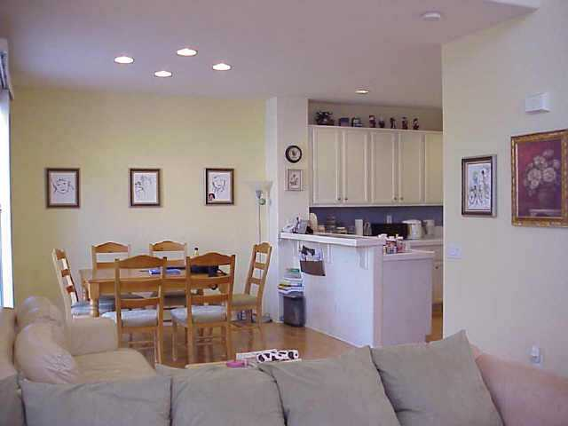 Photo 3: CARLSBAD EAST Residential for sale : 3 bedrooms : 3052 RANCHO LA PRESA in Carlsbad