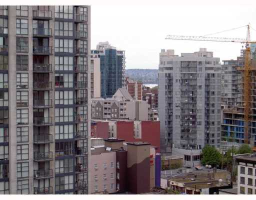 "Photo 4: 2010 1082 SEYMOUR Street in Vancouver: Downtown VW Condo for sale in ""FREESIA"" (Vancouver West)  : MLS® # V769547"