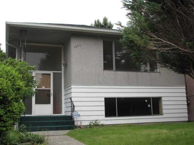 Main Photo: 1033 E 41ST Avenue in Vancouver: Fraser VE House for sale (Vancouver East)  : MLS®# V838461