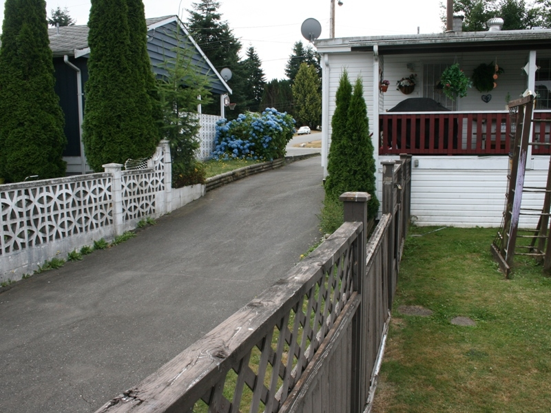 Photo 15: 11015 81A Avenue in Delta: Nordel House for sale (N. Delta)  : MLS(r) # F2822905