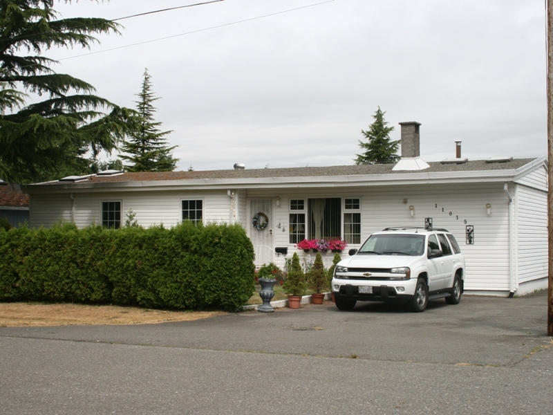 Photo 1: 11015 81A Avenue in Delta: Nordel House for sale (N. Delta)  : MLS(r) # F2822905