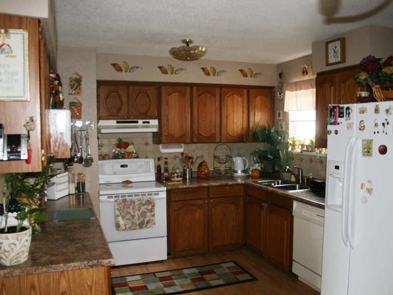 Photo 3: 11015 81A Avenue in Delta: Nordel House for sale (N. Delta)  : MLS(r) # F2822905