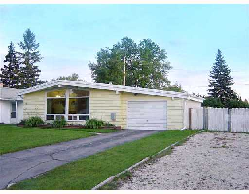 Main Photo: 16 FLEURY Place in WINNIPEG: Windsor Park / Southdale / Island Lakes Residential for sale (South East Winnipeg)  : MLS® # 2817158