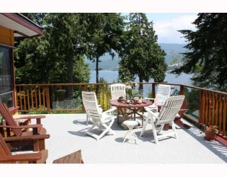 Main Photo: 5802 MARINE Way in Sechelt: Sechelt District House for sale (Sunshine Coast)  : MLS® # V769236