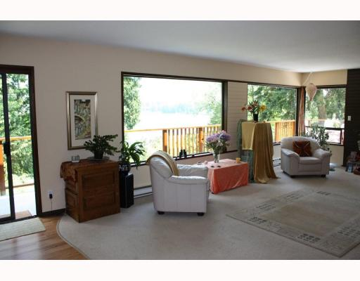 Photo 6: 5802 MARINE Way in Sechelt: Sechelt District House for sale (Sunshine Coast)  : MLS® # V769236