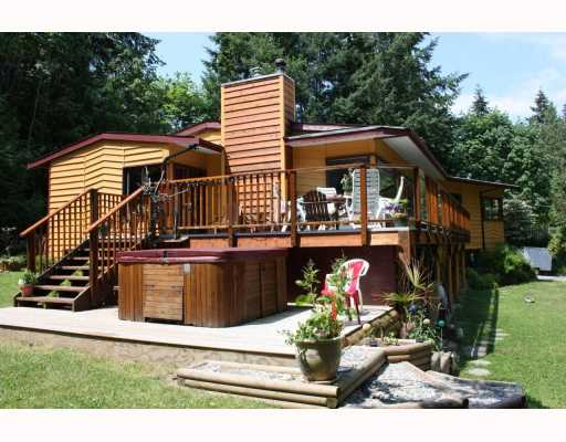 Photo 2: 5802 MARINE Way in Sechelt: Sechelt District House for sale (Sunshine Coast)  : MLS® # V769236
