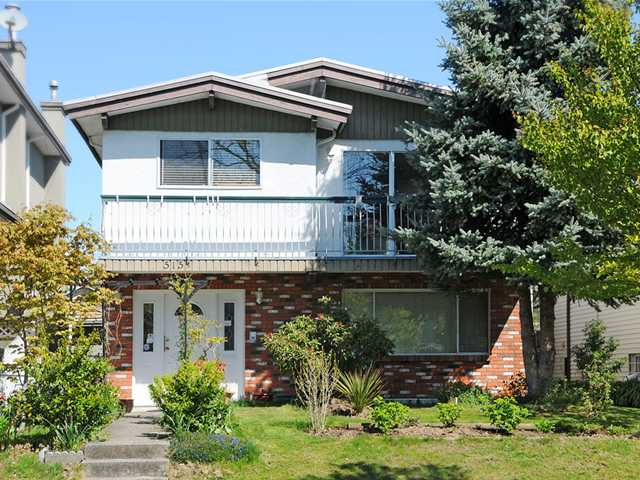 "Main Photo: 515 E 47TH Avenue in Vancouver: Fraser VE House for sale in ""MAIN / FRASER"" (Vancouver East)  : MLS®# V835930"