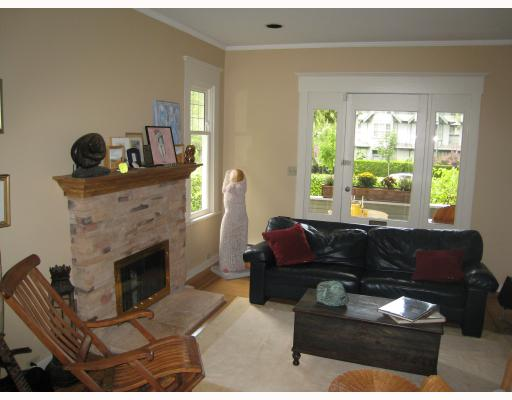Photo 2: 1996 W 13TH Avenue in Vancouver: Kitsilano House for sale (Vancouver West)  : MLS(r) # V730846