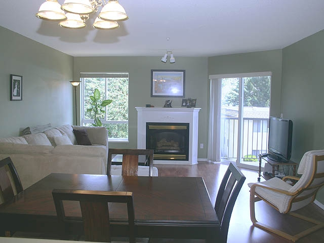"Photo 5: 308 31831 PEARDONVILLE Road in Abbotsford: Abbotsford West Condo for sale in ""WESTPOINT VILLA"" : MLS® # F2917251"