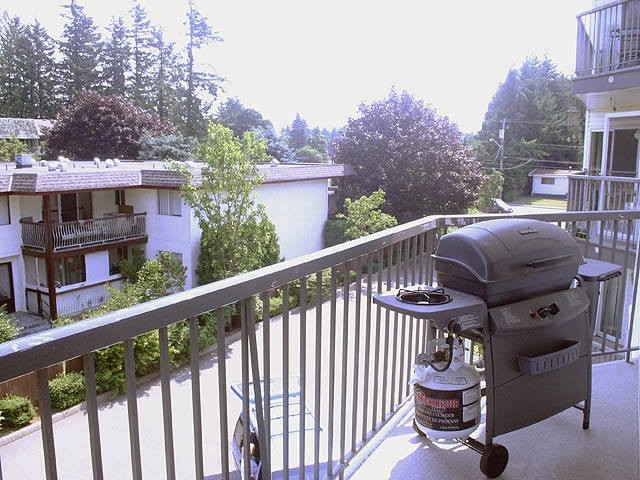 "Photo 10: 308 31831 PEARDONVILLE Road in Abbotsford: Abbotsford West Condo for sale in ""WESTPOINT VILLA"" : MLS® # F2917251"