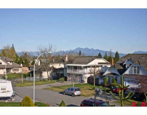 Photo 2: 9679 157B Street in Surrey: Guildford House for sale (North Surrey)  : MLS® # F2832224