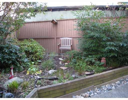 "Photo 4: 203 1549 KITCHENER Street in Vancouver: Grandview VE Condo for sale in ""DHARMA DIGS"" (Vancouver East)  : MLS(r) # V754545"