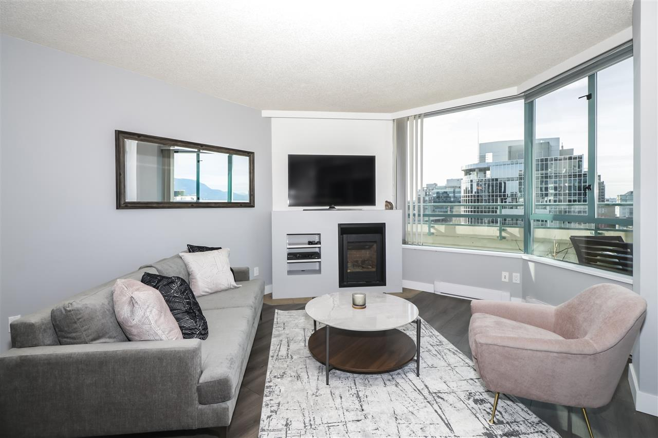 FEATURED LISTING: 603 1355 BROADWAY Avenue West Vancouver