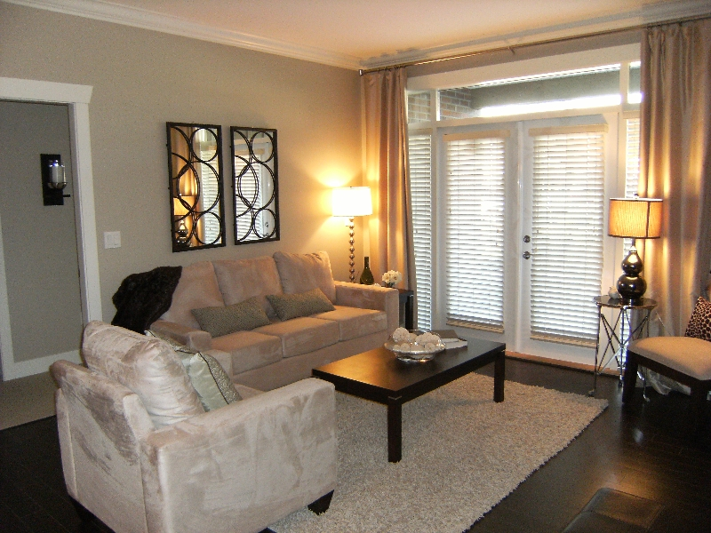"Photo 2: 306 15368 17A Avenue in Surrey: King George Corridor Condo for sale in ""Ocean Wynde"" (South Surrey White Rock)  : MLS® # F2903694"