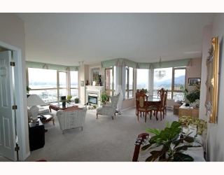 Main Photo: 1404 160 W KEITH Road in North Vancouver: Central Lonsdale Condo for sale : MLS® # V793156