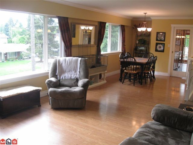 "Photo 5: 34498 LABURNUM Avenue in Abbotsford: Abbotsford East House for sale in ""R.BATEMAN AREA"" : MLS® # F1015896"