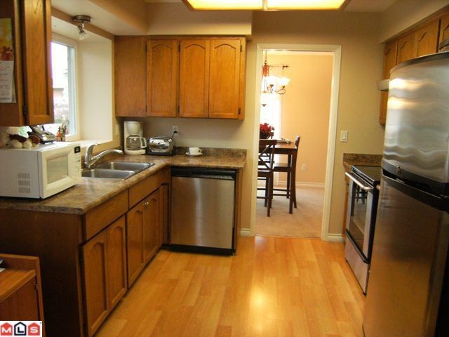 "Photo 4: 13114 62B Avenue in Surrey: Panorama Ridge House for sale in ""PANORAMA PARK"" : MLS(r) # F1028152"