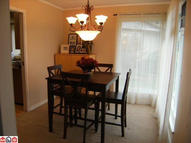 "Photo 6: 13114 62B Avenue in Surrey: Panorama Ridge House for sale in ""PANORAMA PARK"" : MLS(r) # F1028152"