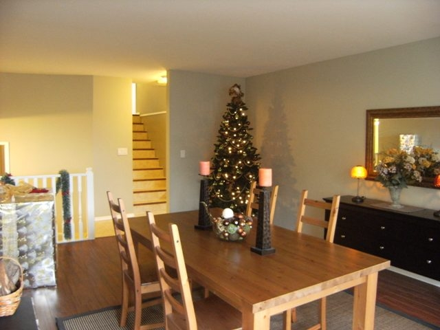 "Photo 3: 13114 62B Avenue in Surrey: Panorama Ridge House for sale in ""PANORAMA PARK"" : MLS(r) # F1028152"