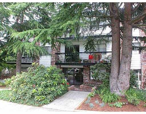 "Main Photo: 111 2330 MAPLE Street in Vancouver: Kitsilano Condo for sale in ""MAPLE GARDENS"" (Vancouver West)  : MLS® # V774301"