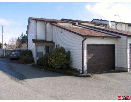 "Main Photo: 101 15529 87A Avenue in Surrey: Fleetwood Tynehead Townhouse for sale in ""EVERGREEN ESTATES"" : MLS® # F2906932"