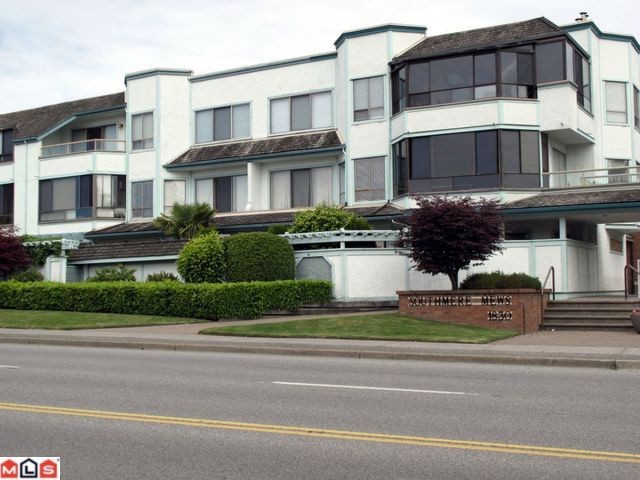 "Main Photo: 302 1830 E SOUTHMERE Crescent in Surrey: Sunnyside Park Surrey Condo for sale in ""Southmere Mews"" (South Surrey White Rock)  : MLS® # F1017753"