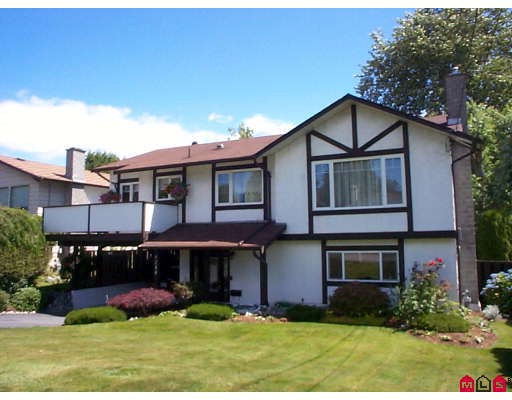 "Main Photo: 9248 124TH Street in Surrey: Queen Mary Park Surrey House for sale in ""Queen Mary Park"" : MLS® # F2820690"