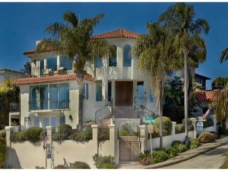 Main Photo: POINT LOMA Residential for sale : 5 bedrooms : 3311 Harbor View Drive in San Diego