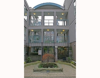 "Main Photo: 28 1388 W 6TH Avenue in Vancouver: Fairview VW Condo for sale in ""NOTTINGHAM"" (Vancouver West)  : MLS(r) # V805862"