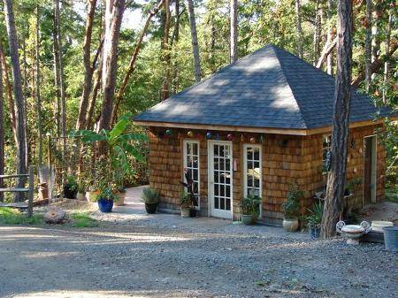 Main Photo: 107 Collins Road: Residential Detached for sale (Saltspring Island)  : MLS(r) # 233043