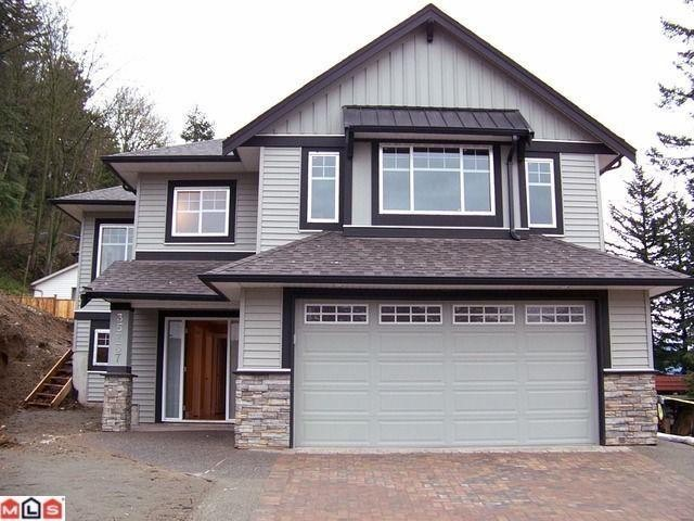 Main Photo: 35737 ZANATTA Place in Abbotsford: Abbotsford East House for sale : MLS® # F1021154