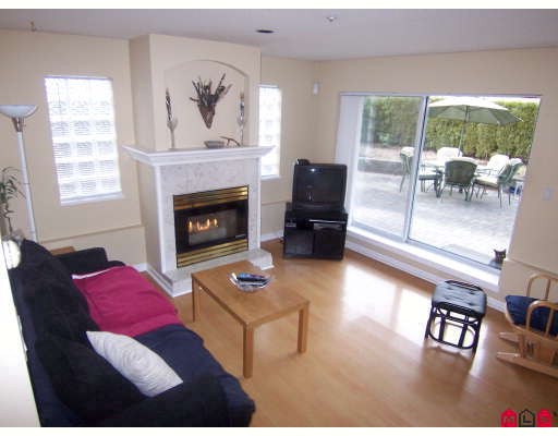 "Photo 3: 102 7475 138TH Street in Surrey: East Newton Condo for sale in ""CARDINALS COURT"" : MLS® # F2901994"