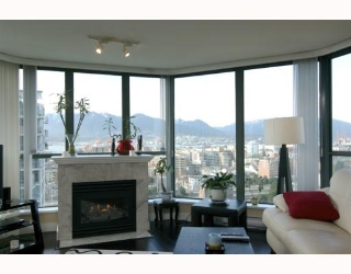 "Main Photo: 1904 1088 QUEBEC Street in Vancouver: Mount Pleasant VE Condo for sale in ""THE VICEROY"" (Vancouver East)  : MLS® # V754003"