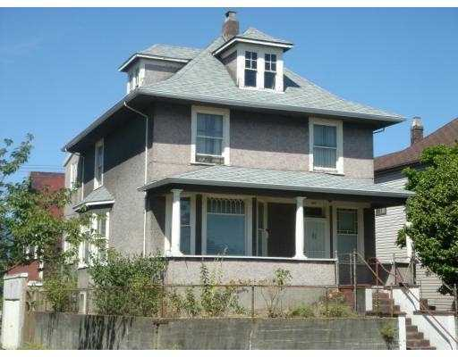 "Main Photo: 601 E PENDER Street in Vancouver: Mount Pleasant VE House for sale in ""STRATHCONA"" (Vancouver East)  : MLS® # V776445"