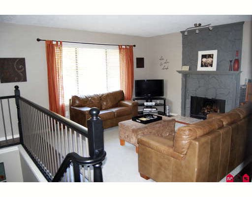 Photo 3: Photos: 35290 WELLS GRAY Avenue in Abbotsford: Abbotsford East House for sale : MLS(r) # F2920148
