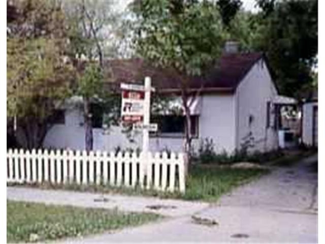 Main Photo: 629 PARKDALE Street in WINNIPEG: Westwood / Crestview Residential for sale (West Winnipeg)  : MLS(r) # 9713071