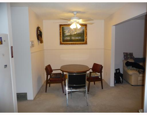 Photo 3: 139 HENDON Avenue in WINNIPEG: Charleswood Residential for sale (South Winnipeg)  : MLS(r) # 2905783