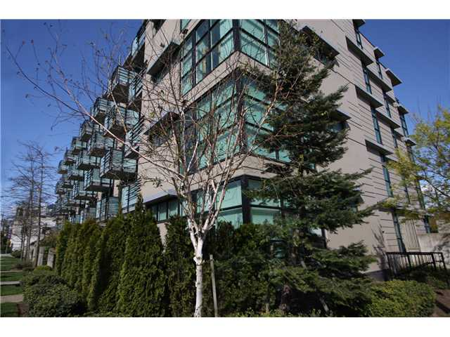 "Photo 3: 305 8988 HUDSON Street in Vancouver: Marpole Condo for sale in ""RETRO"" (Vancouver West)  : MLS® # V834054"